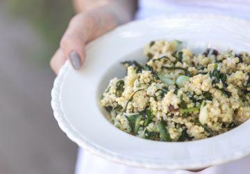 Salade de millet, noix de coco, mini bok choy & vinaigrette aux framboises