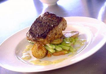 Bar rôti aux lardons de saumon fumé