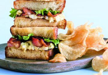 Sandwich aux oeufs et boursin