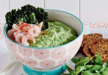Houmous d'edamames et chips de kale