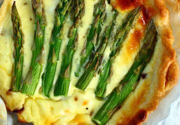 Tarte au jambon et aux asperges