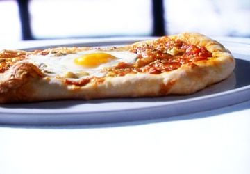 Pizza à l'oeuf
