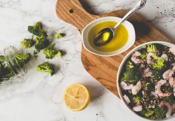 Salade de quinoa, brocoli et crevettes