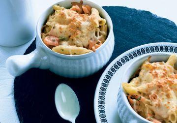 Gratin de pâtes sauce alfredo et surprises de saumon