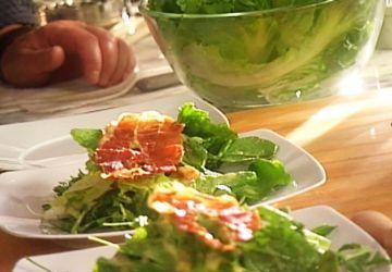 Salade verte, vinaigrette au parmesan