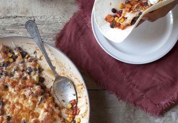 Tacos végétariens à la patate douce & crème sure à l'oignon