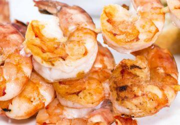 Brochettes de crevettes à la pancetta