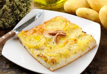 Pizza à la pomme de terre