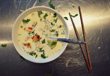 Soupe citronnelle, gingembre et tofu croustillant de Valérie Roberts
