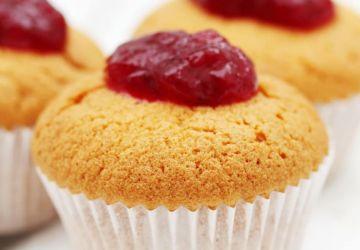 Muffins au yogourt et confiture de fraise