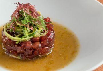 Tartare de thon de la Gaspésie, vinaigrette au dashi