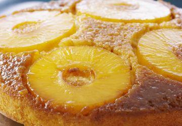 Gâteau renversé classique aux ananas