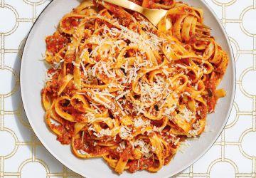 Sauce bolognaise à l'aubergine et aux champignons
