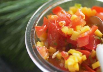 Salsa de tomates et mangue à la lime