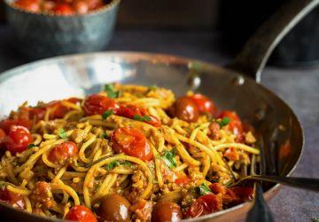 Pâtes aux tomates confites et noix de Grenoble express