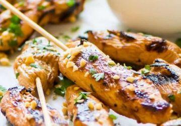 Brochettes de poulet satay