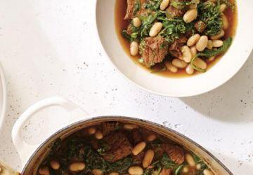 Boeuf mijoté aux épinards et aux haricots blancs