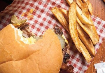 Cheeseburger extrême, sauce au fromage
