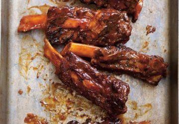 Côtes levées de boeuf au cola et au barbecue