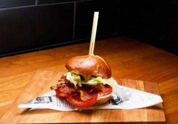 Sandwich BLT sauce ranch