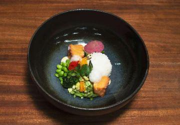 Saumon miso et érable façon poke