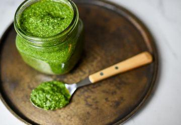 Pesto printanier aux fines herbes