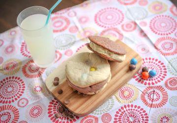 Sandwichs à la crème glacée avec biscuits maison