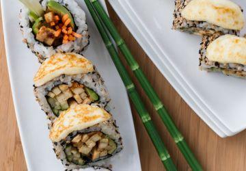 Sushis végétariens au tofu, au gingembre et au fromage grillé