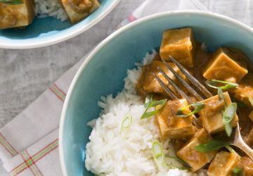 Tofu épicé aux arachides