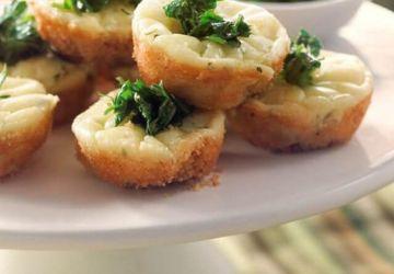 Bouchées au fromage et aux herbes