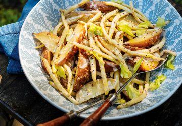 Salade tiède de pommes de terre et de haricots jaunes