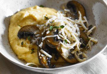 Polenta aux portobellos et au fromage