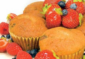 Petits gâteaux aux fruits des champs