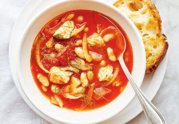 Soupe de poisson à la tomate et au fenouil