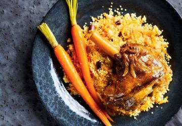Jarrets d'agneau aux épices et au jus de carottes
