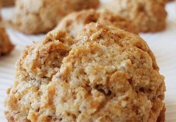 Macarons à la noix de coco qui goûtent le ciel faibles en calories