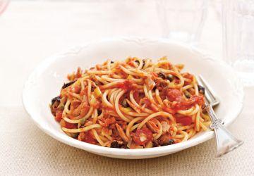 Spaghettis express à la tomate et au thon