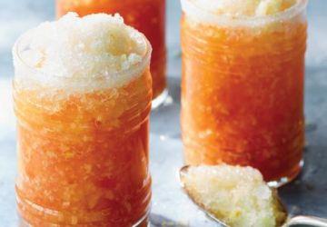 Thé glacé à l'orange et aux éclats de citron