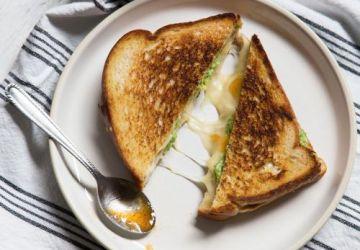 Grilled cheese à l'avocat