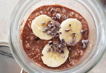 Gruau overnight chocolat, arachide et banane