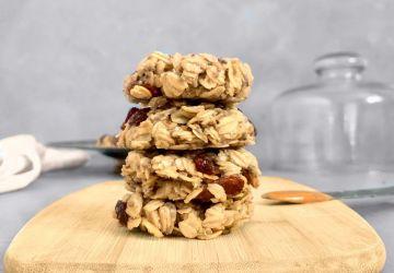 Biscuits aux raisins, tahini et beurre d'arachide vegan