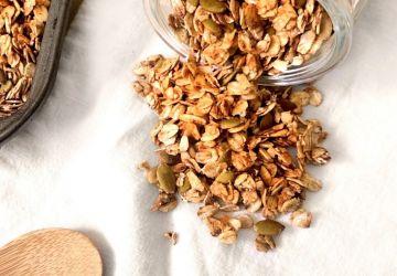 Granola à la pomme et aux graines de citrouille vegan