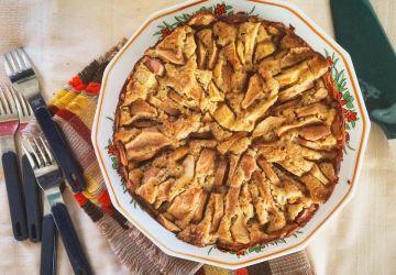 Gâteau aux pommes, à l'érable et au poivre des dunes