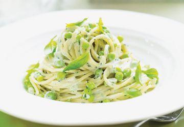 Spaghettis aux petits pois et au basilic