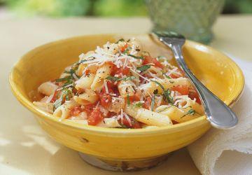 Pennes à la sauce tomate au four