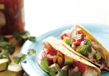 Tacos au poisson sur la plaque