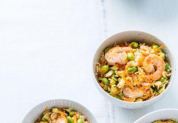 Riz frit à l'edamame et aux crevettes