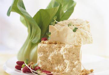 Millefeuille de tofu et d'orzo grillé