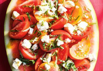 Tranche de melon d'eau, tomates, basilic et feta