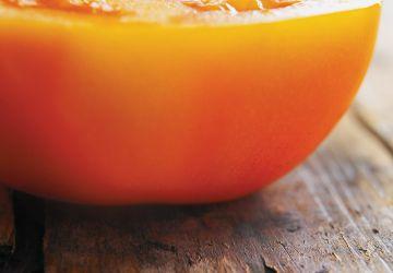 Bruschetta aux tomates, à la feta et aux olives noires